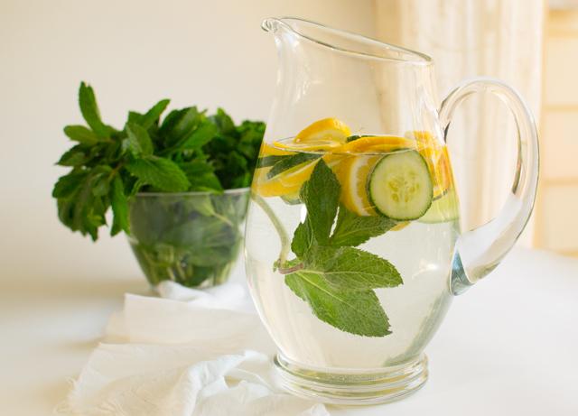 Lemon-Mint-Cucumber-Water2 5332 odgN32