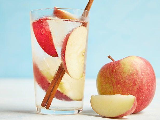 apple-cinnamon-water-the-most-efficient-zero-calorie-detox-drink IH6IxM